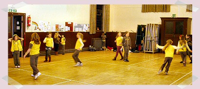 Brownies enjoying games in the Methven Hall